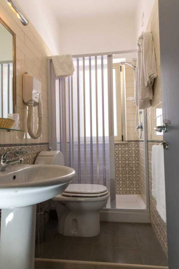 Rooms apartments giardini naxos hotel villa nefele 3 - Hotel giardini naxos 3 stelle ...